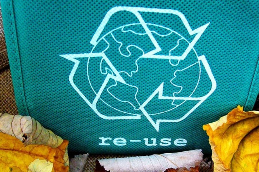Recycled fashion and circular economy