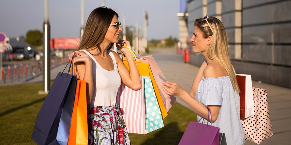 Passion for fashion. Can you live being personal shopper?