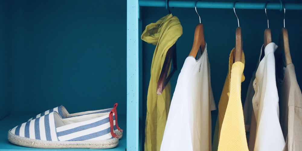 Influencers give tips for a more sustainable closet